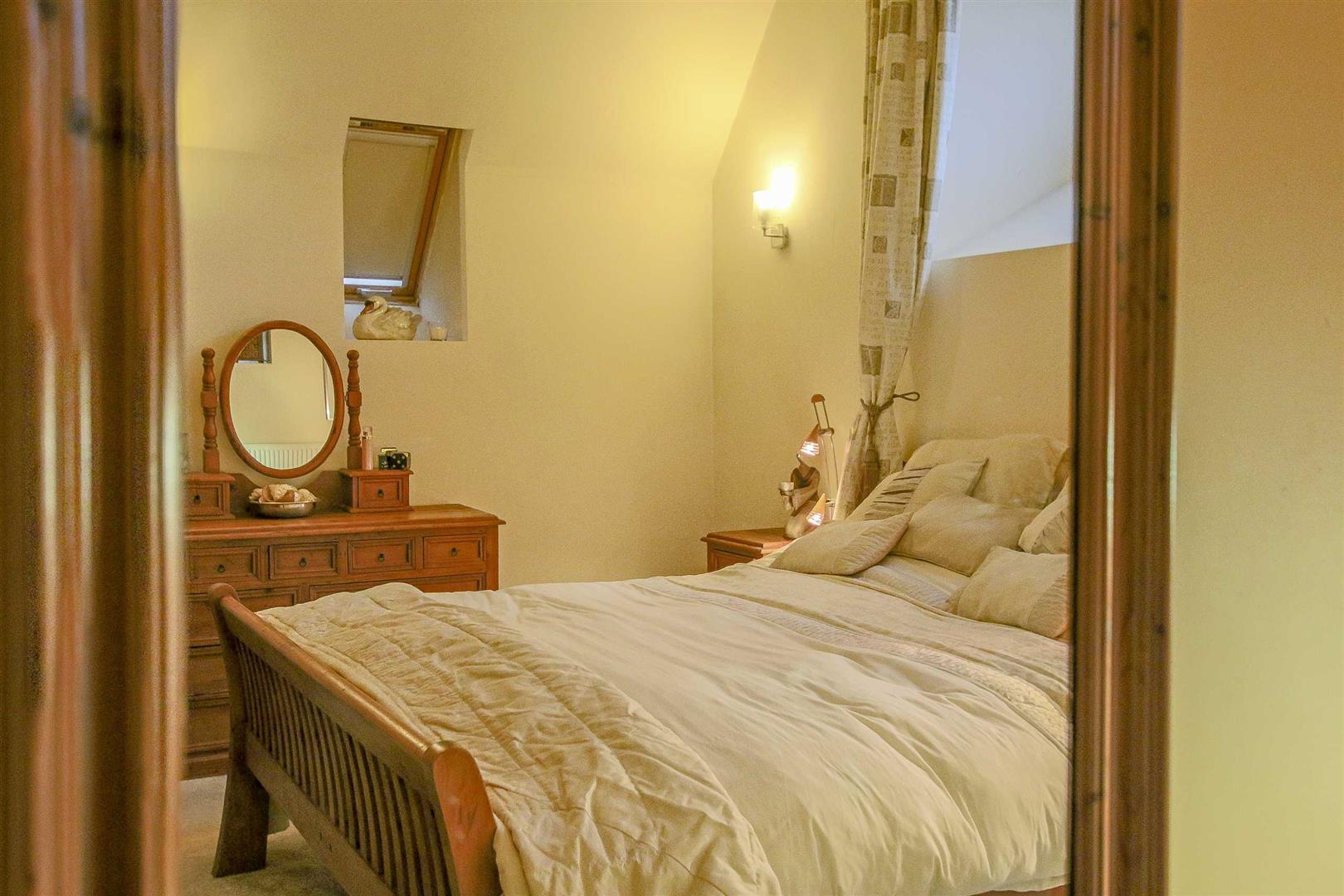 5 Bedroom Detached House For Sale - Image 33